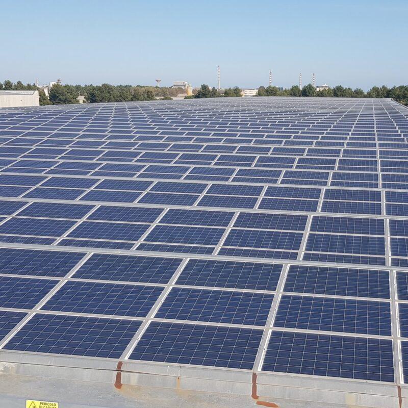 qesco impianti fotovoltaici energia pannelli solari ettari