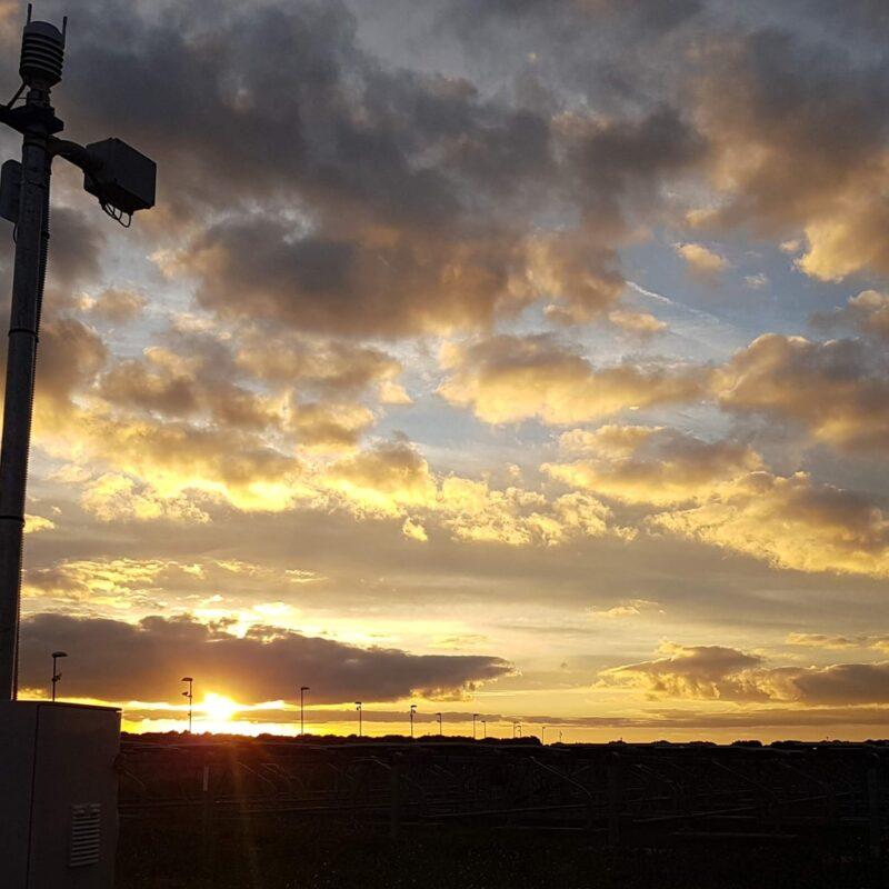 qesco impianti fotovoltaici energia pannelli solari stazione meteo